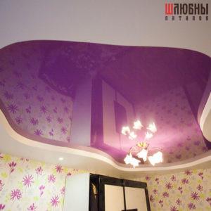 Фиолетовый двухуровневый глянцевый натяжной потолок в Могилеве фото