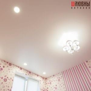 Классический одноуровневый матовый потолок в Могилеве фото