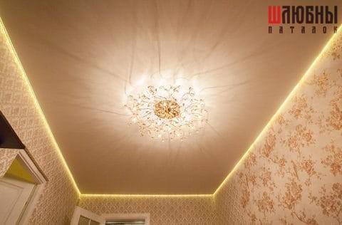 Парящий натяжной потолок в гостиную в Могилеве фото 1